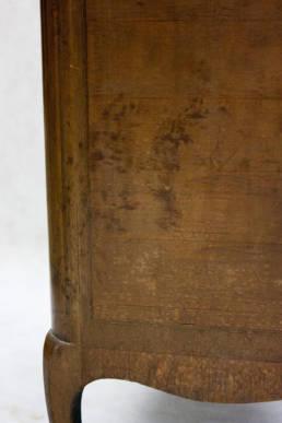 Szyfoniera (bieliźniarka) przed renowacją