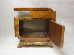Nakastlik szafka nocna w stylu art déco po renowacji